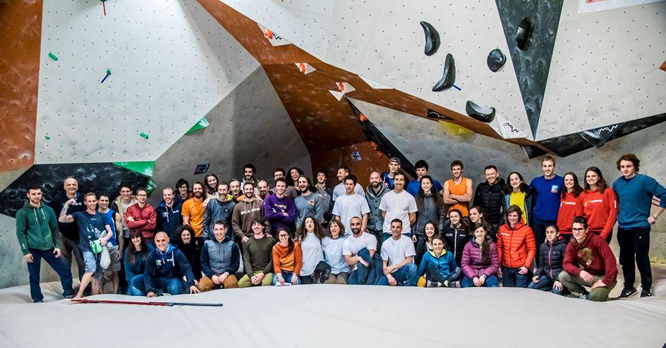 Parete Scalata Roma : Metropolitan boulder u2013 arrampicata libera perugia a.s.d.